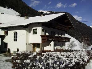 Holiday apartment Haus Alpenheim