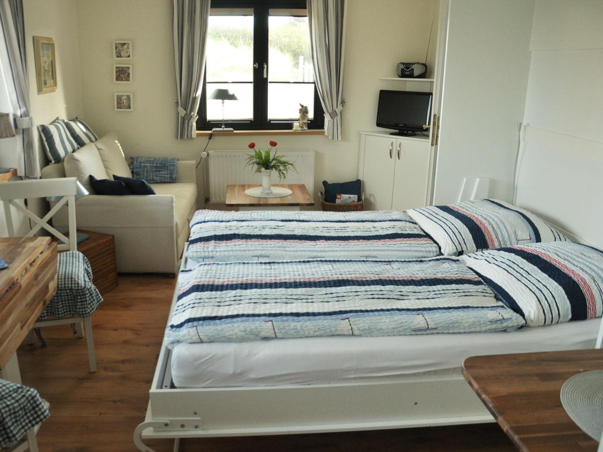 bett im schrank integriert schrank bett bett im schrank versteckt betten hause dekoration. Black Bedroom Furniture Sets. Home Design Ideas