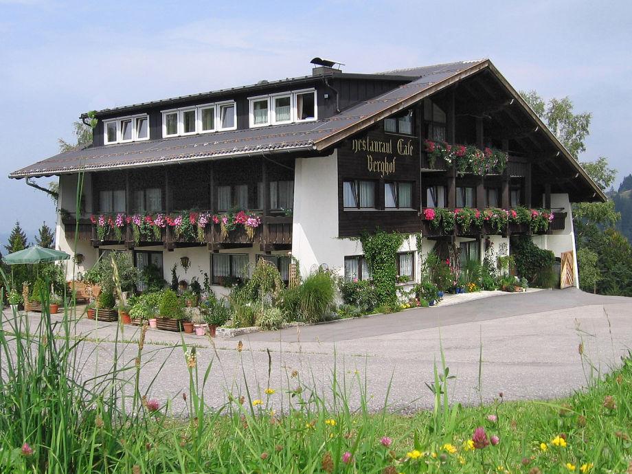 Willkommen im Ferienhaus Berghof!