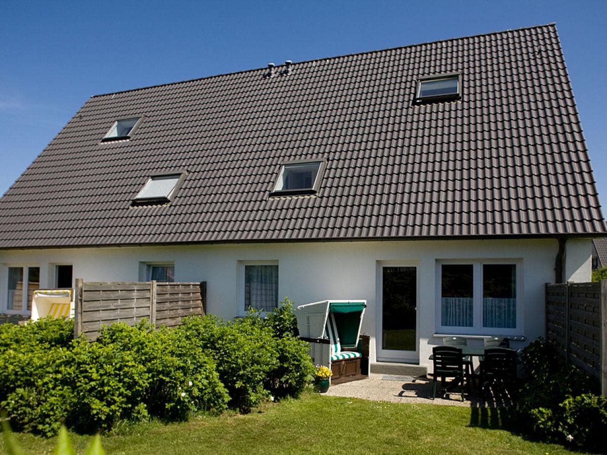Ferienwohnung Haus Katharina 17a 2 OG Wenningstedt Frau
