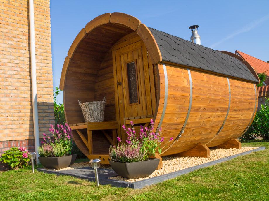 Sauna in the Garden of Olivier