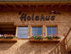 Ferienwohnung 4 im Damülser Holzhus