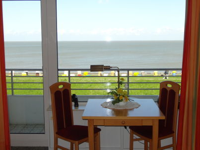 in Cuxhaven mit grandioser Seesicht!