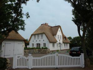 Cottage Lichtblau