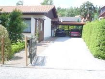 Ferienhaus (Einzelstandort) in ruhiger Lage am Wald