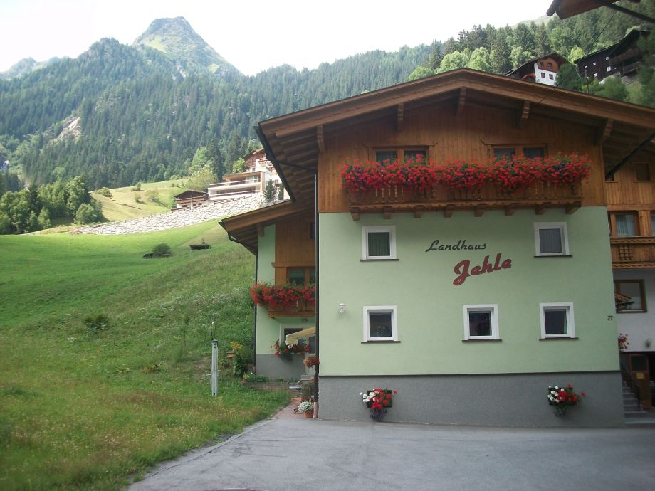 Außenaufnahme Landhaus Jehle