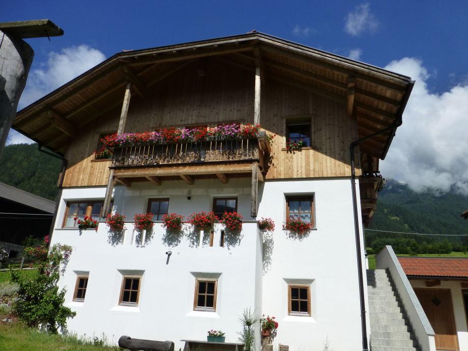 Inneroswalderhof in  Sommer