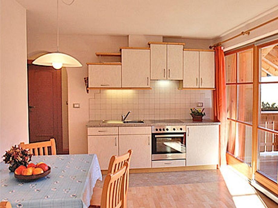 ferienwohnung auf dem inneroswaldhof s dtirol dolomiten hochpustertal firma. Black Bedroom Furniture Sets. Home Design Ideas