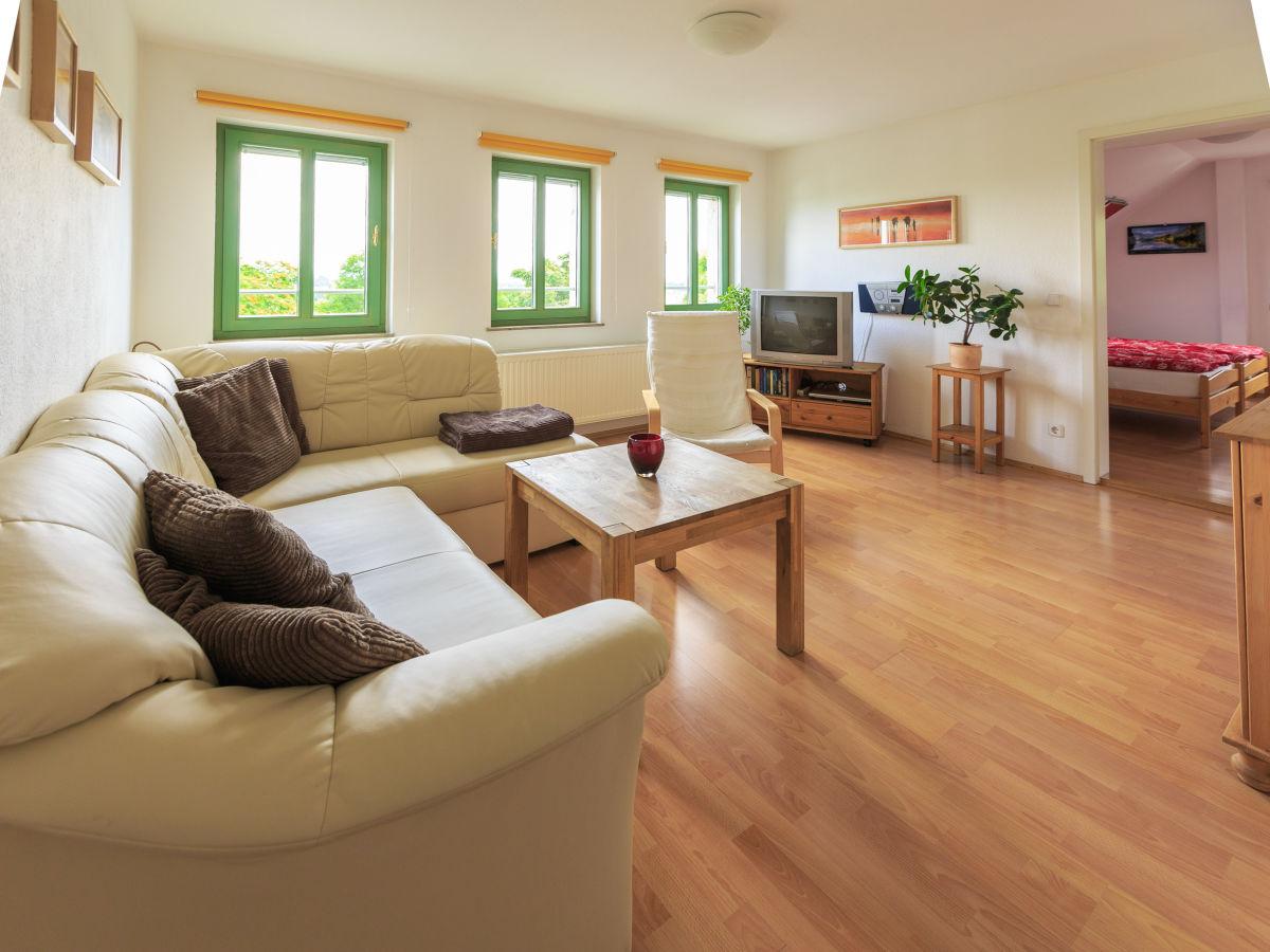 ferienwohnung gaartz mit elbblick dresden stadt herr uwe gaartz. Black Bedroom Furniture Sets. Home Design Ideas