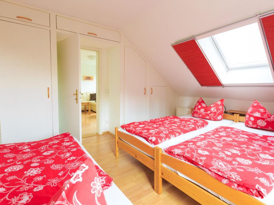 Ferienwohnung gaartz mit elbblick dresden stadt herr uwe gaartz - Wandschrank schlafzimmer ...