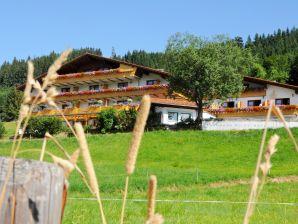 """Ferienwohnung """"Enzian"""" im Landhaus Wildschütz"""