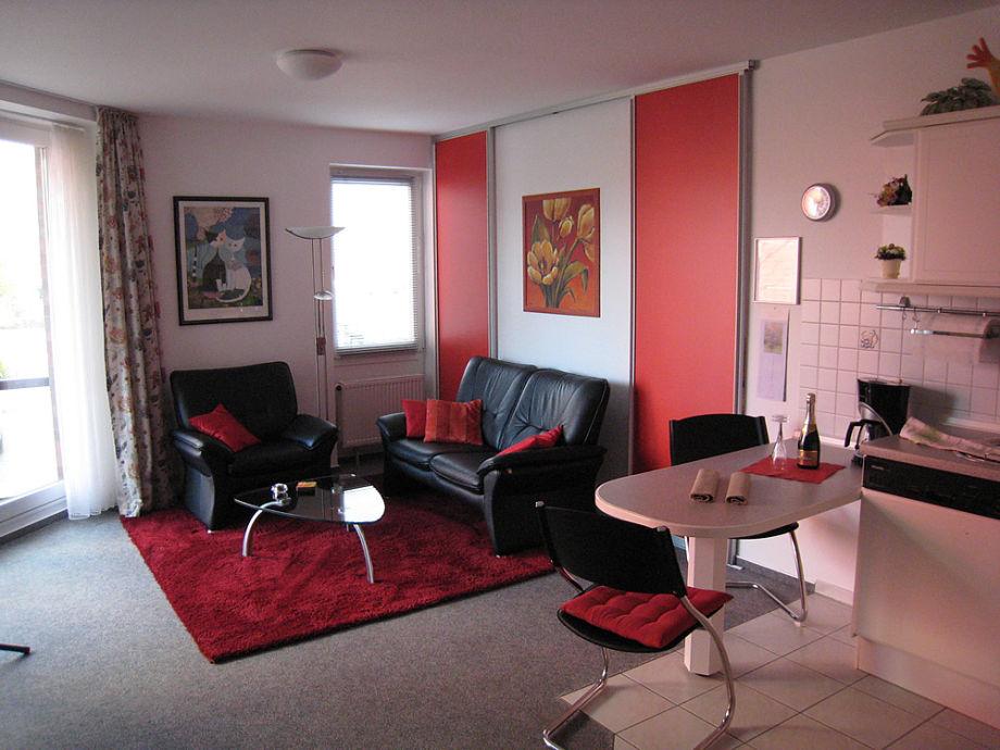 ferienwohnung hautic iv husum frau ulrike ha ler. Black Bedroom Furniture Sets. Home Design Ideas