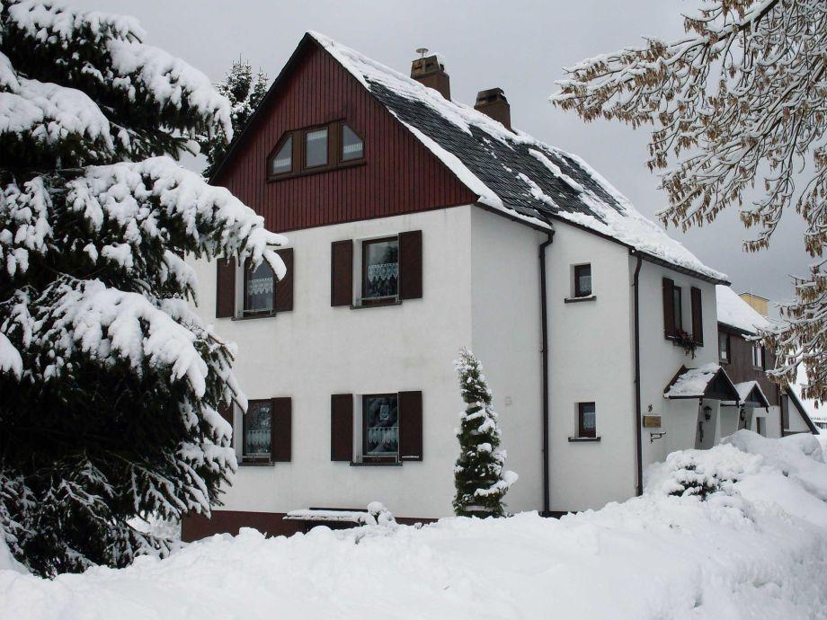 Ferienwohnungen Grimm, Winteransicht