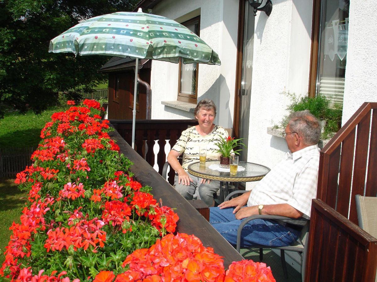 Ferienwohnung grimm schmiedefeld firma ferienwohnungen for Ameisen auf dem balkon