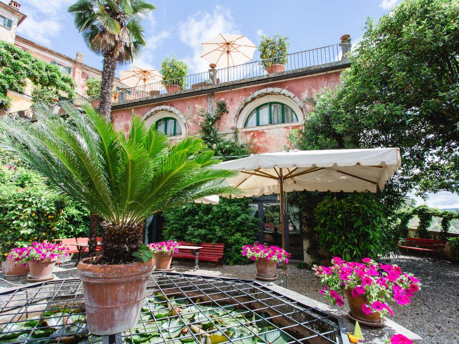 Außenaufnahme Villa Sermolli