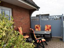 "Holiday apartment Sylt in ""Haus-Godewind"""