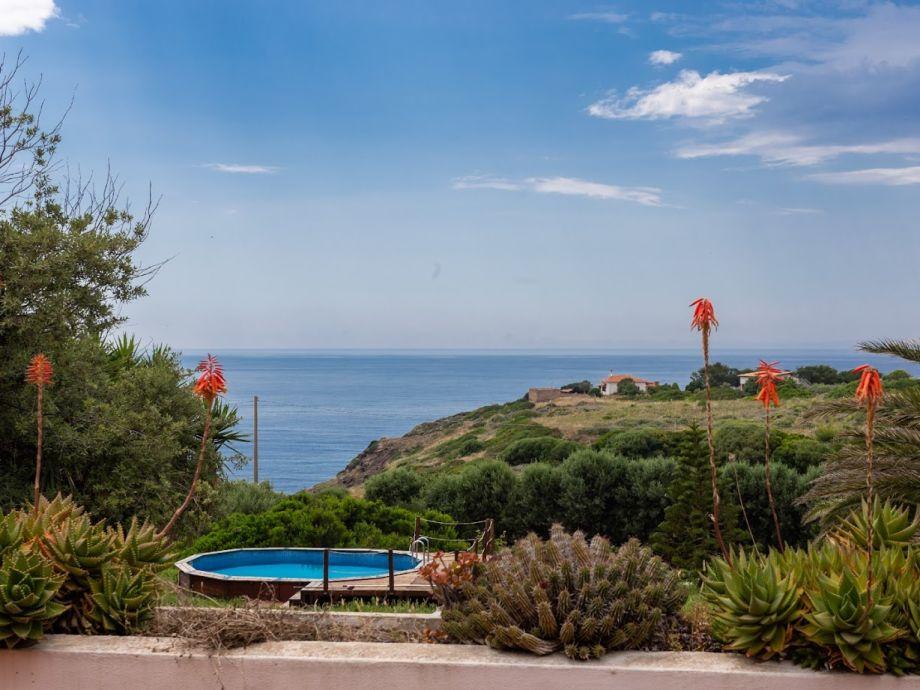 Villa Nunzia mit Pool, am Meer, große Gruppen, Oristano, Planargia ...