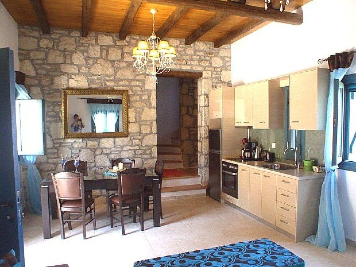 Ferienhaus stein villa lassithi firma stein villa for Wohnzimmer 45qm