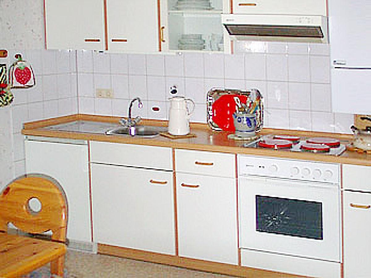 Ferienhaus haus am rodeltor biosparenreservat bayerische for Komplette küche
