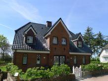 Holiday house 'Hues Strandleev 1'