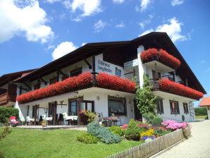 Ferienwohnung im Gästehaus Bergfrieden