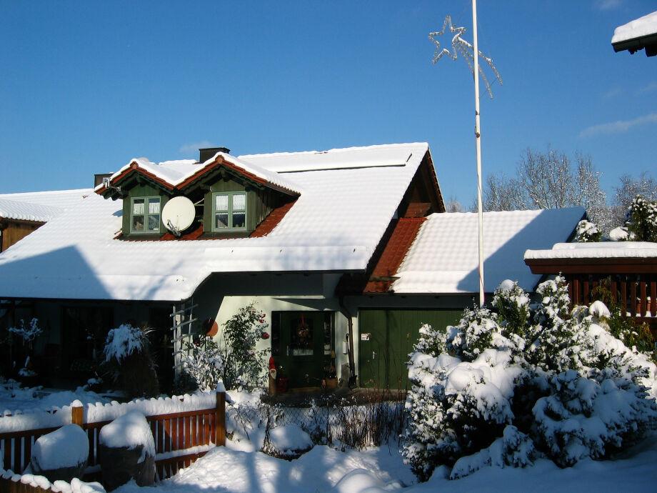Unser Landhaus im Hochwinter