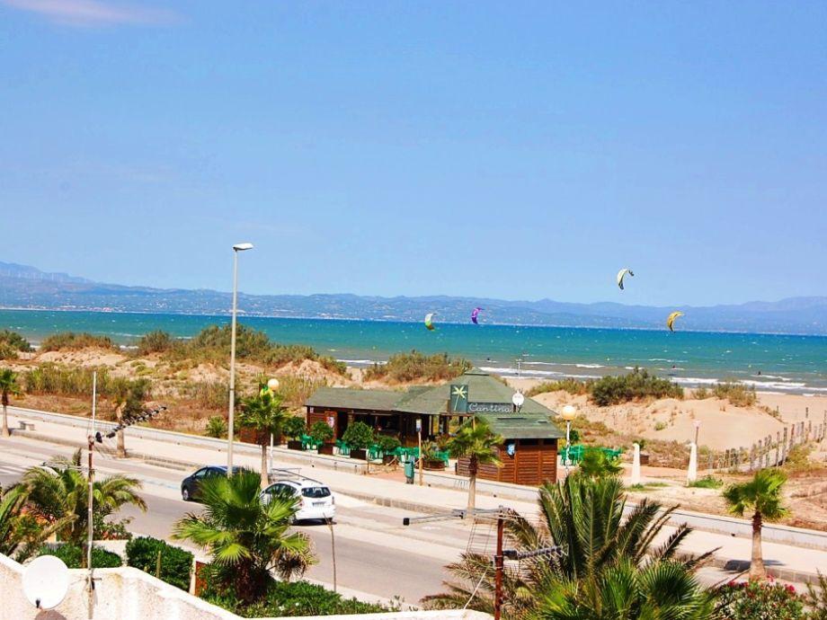Außenaufnahme Vista Mar mit Klimaanlage und Internet am Strand
