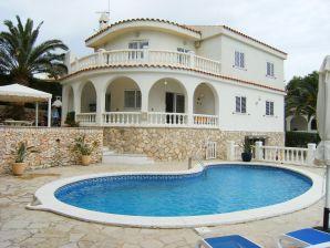 Villa Camelia 2 mit traumhaftem Panoramablick auf das Meer