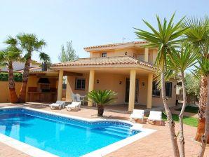 Villa Alvaro mit Privatpool (Urlaub mit Hund)