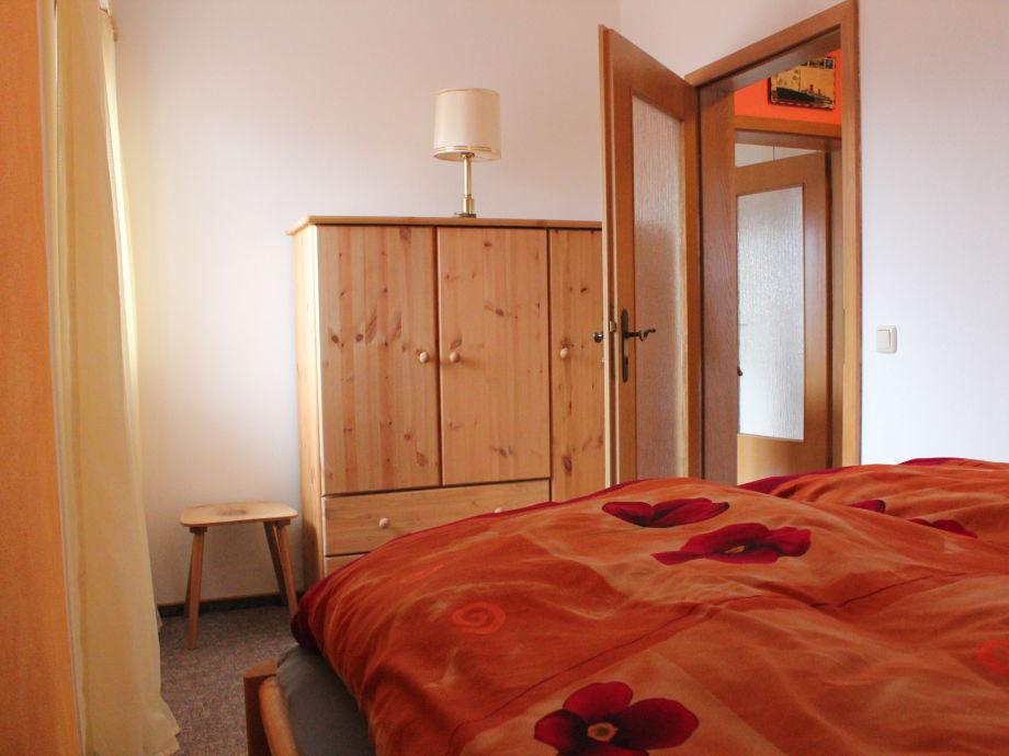 Ferienwohnung andres piatka bayerischer wald firma ferienwohnung andres piatka in bodenmais - Rustikales schlafzimmer ...