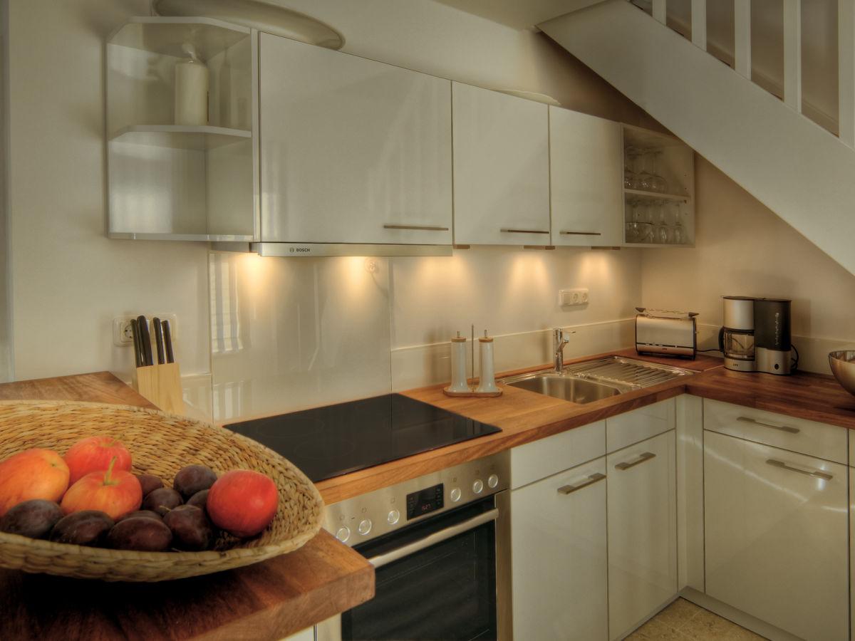 ferienhaus meerhaus wohnung 1 timmendorfer strand herr sch per. Black Bedroom Furniture Sets. Home Design Ideas
