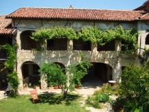 Ferienhaus Idyllisches  Bauern Ferienhaus im südlichen Piemont