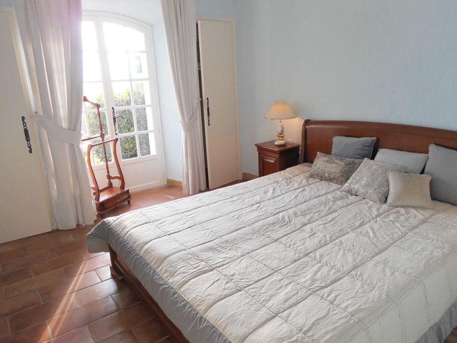 ferienhaus villa bellevue mit traumhaftem meeresblick s dfrankreich c te d 39 azur frau regina. Black Bedroom Furniture Sets. Home Design Ideas