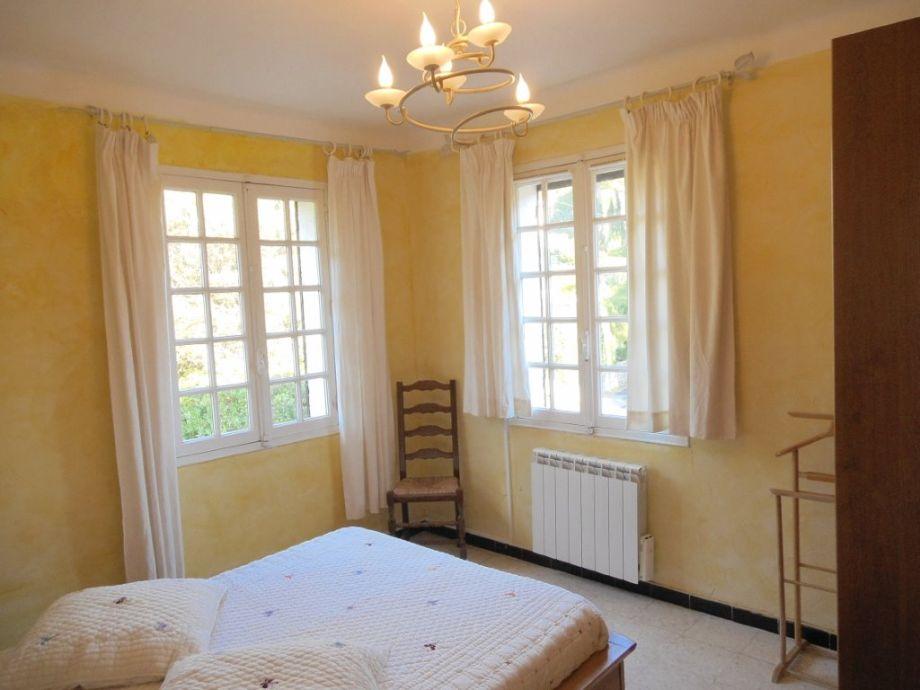 ferienhaus villa regina mit privatpool 500m vom strand s dfrankreich c te d 39 azur frau. Black Bedroom Furniture Sets. Home Design Ideas