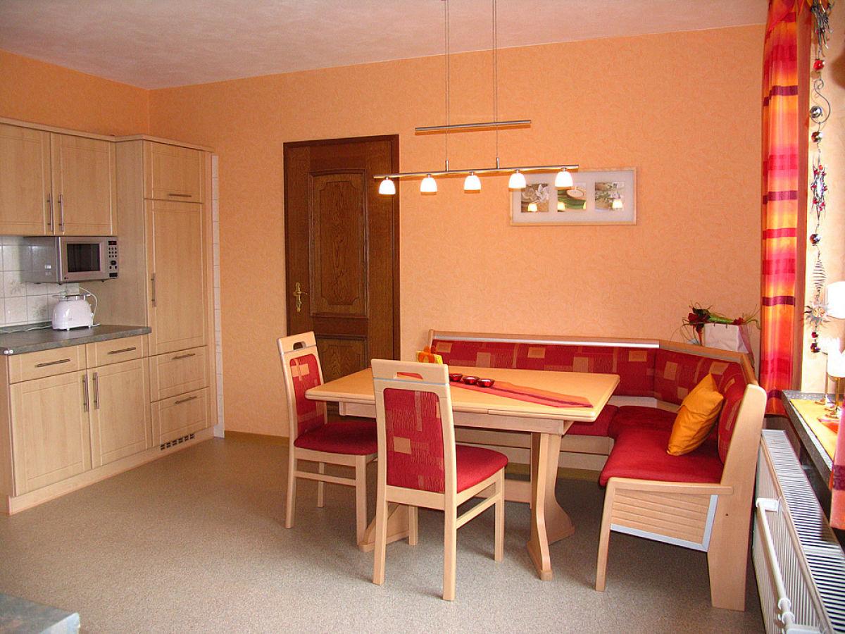 ferienwohnung auf dem ferienhof zum r berg rh n. Black Bedroom Furniture Sets. Home Design Ideas