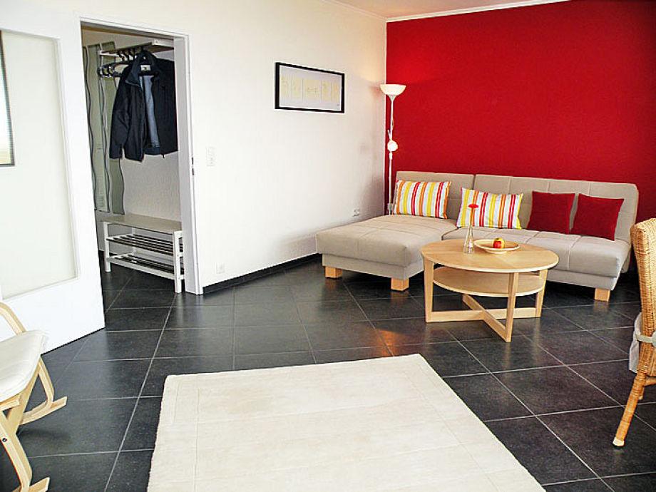 Wohnzimmer mit Panoramaseesicht