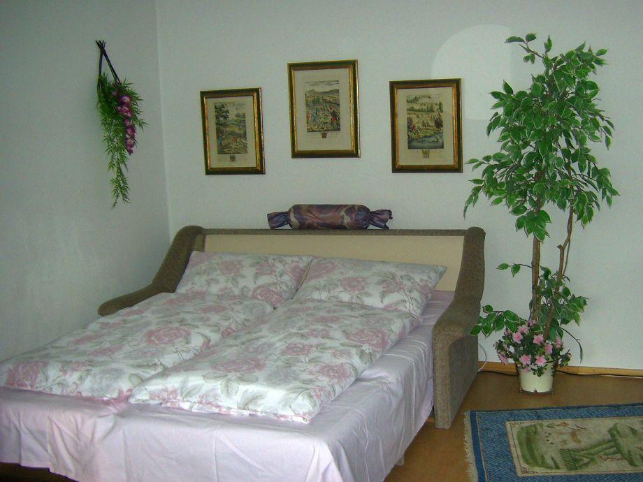 Bett Im Wohnzimmer : Bett für 3. und 4. Person im Wohnzimmer