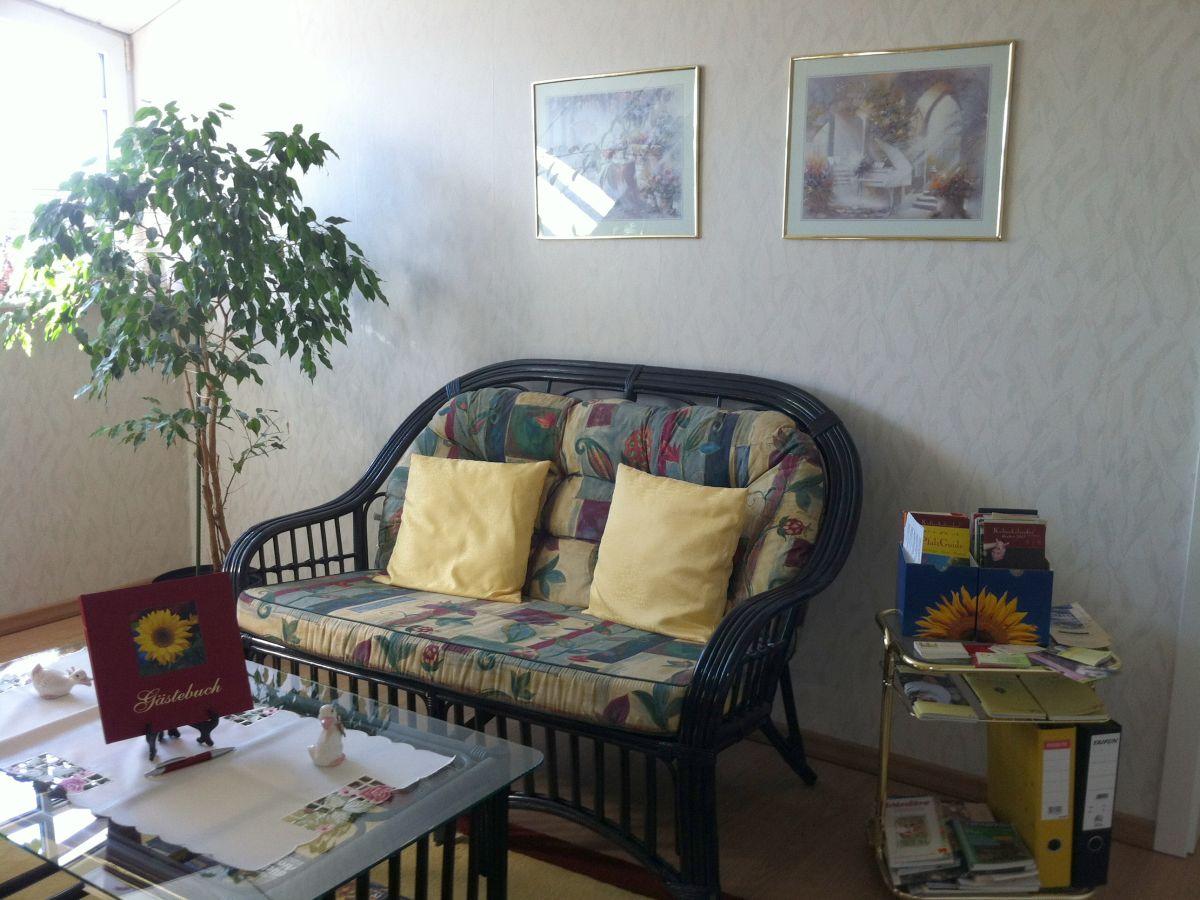 ferienwohnung blau pfalz deutsche weinstra e frau ulrike meyer. Black Bedroom Furniture Sets. Home Design Ideas
