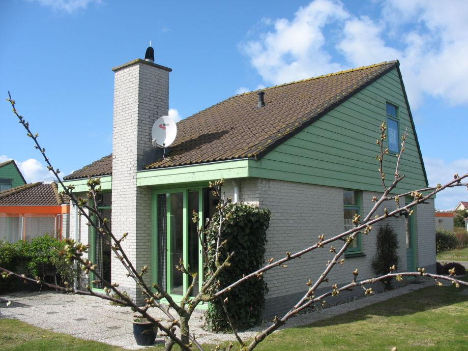 Das Ferienhaus aus Blickrichtung Süd-Ost