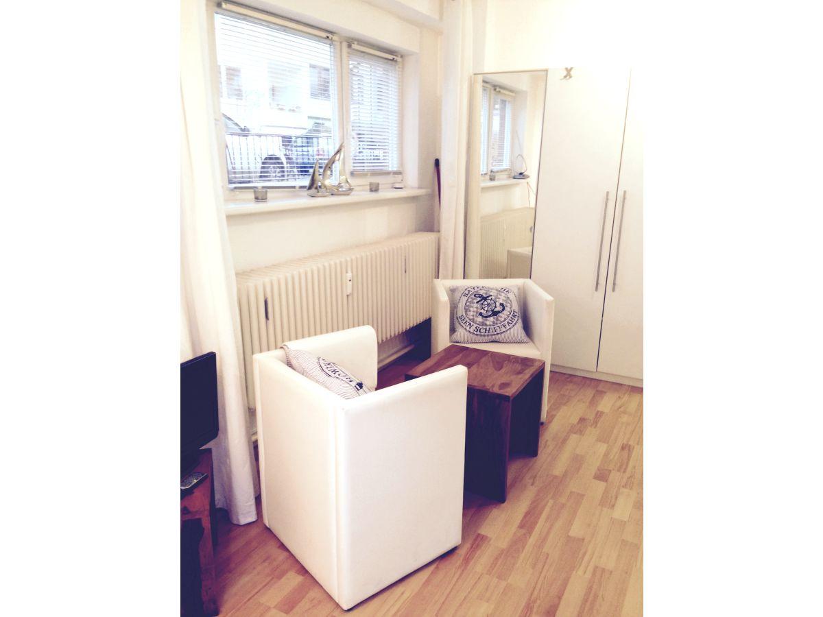 ferienwohnung mitten drin bremen zentrum frau verena. Black Bedroom Furniture Sets. Home Design Ideas