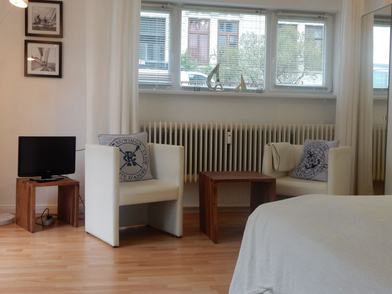 Holiday apartment Mitten drin