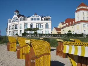 Ferienwohnung Schaumkrone - Strandschloss