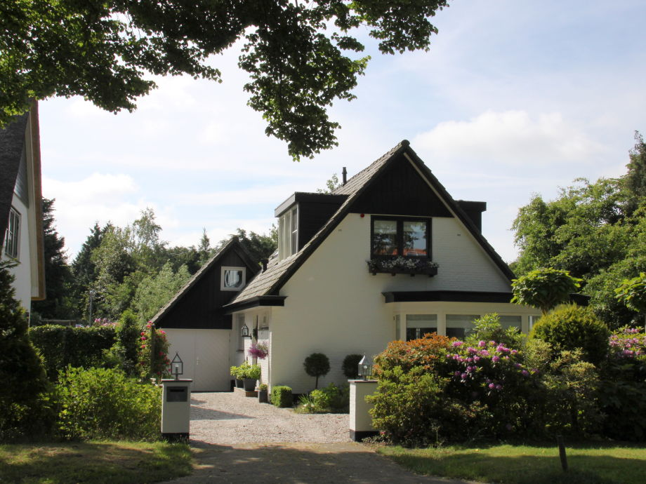 Front Villa Annabelle