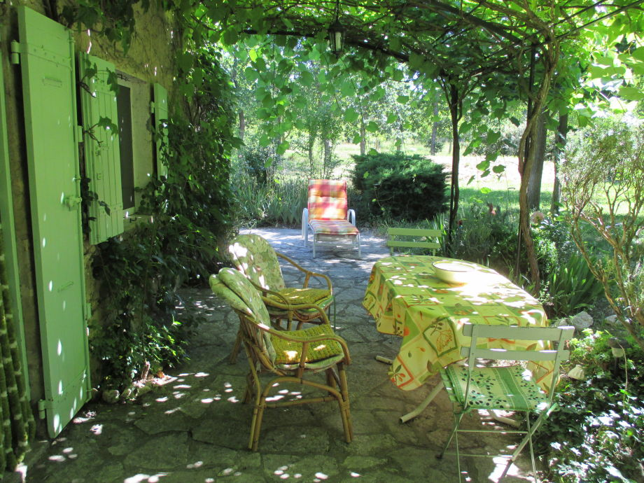 The Tonnelle/grape arbor