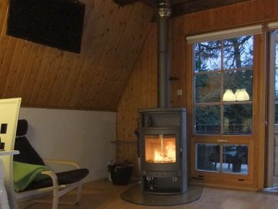 Finnhütte in ruhiger Lage am See