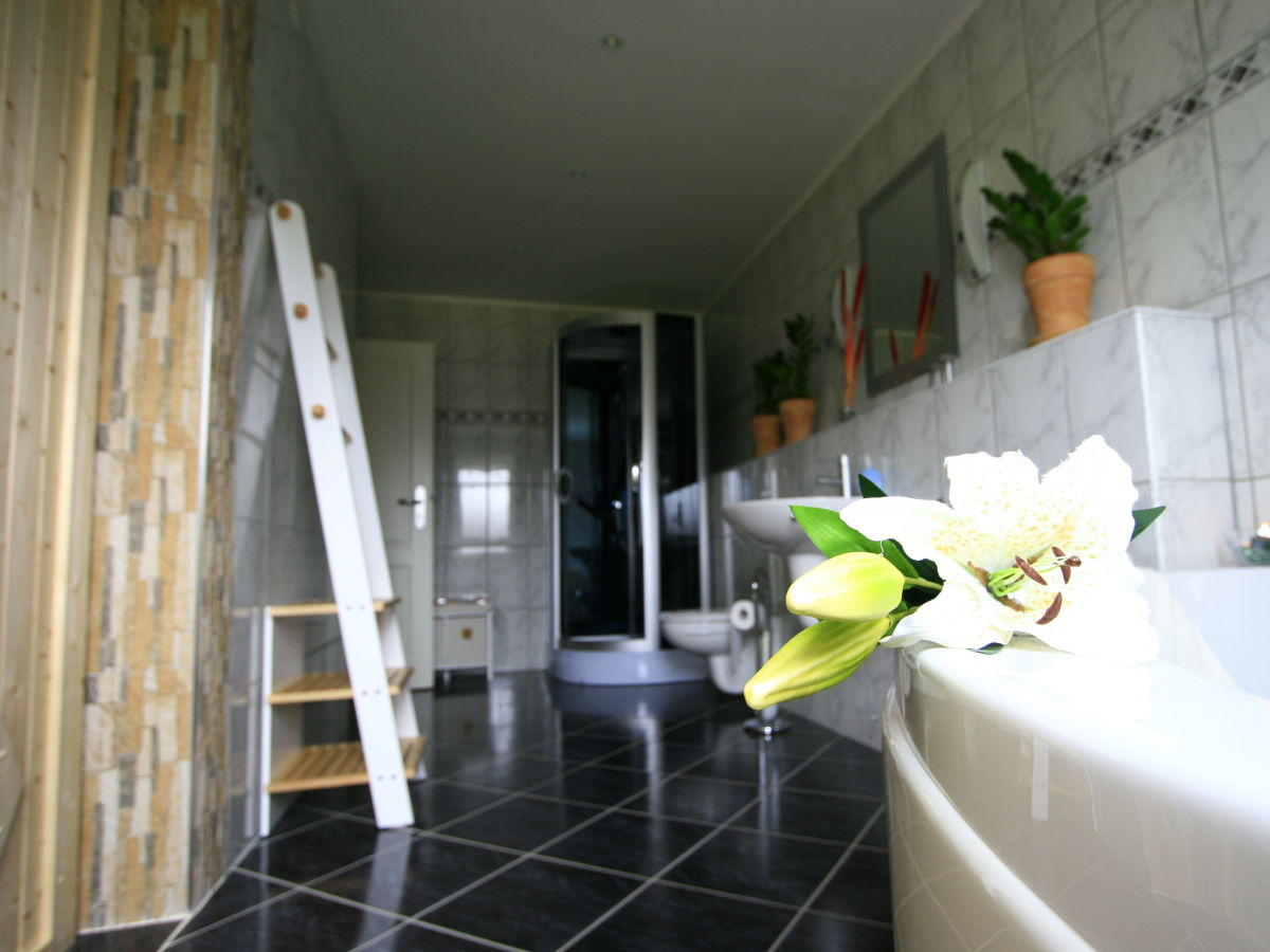 ferienhaus landl cheln vulkaneifel obere kyll eifeler. Black Bedroom Furniture Sets. Home Design Ideas