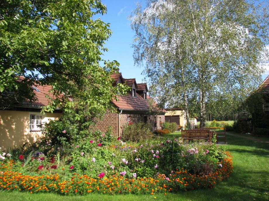kl. Ferienhaus und Garten