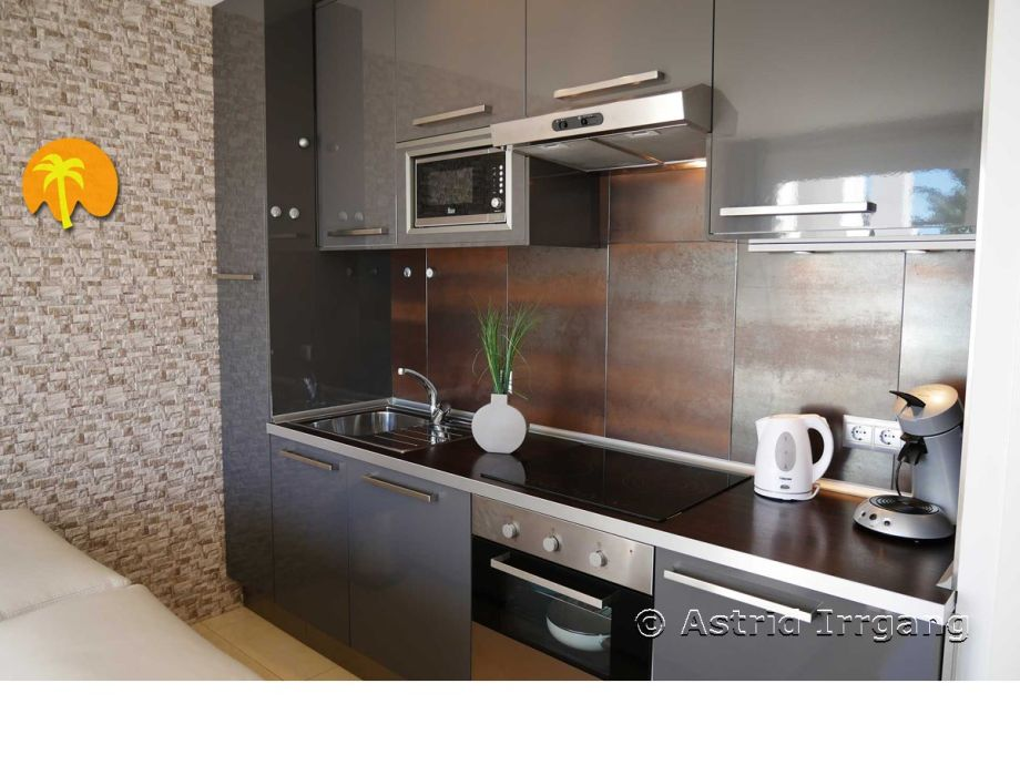 apartment 41 modern umgebaut mit 2 terrassen costa del sol nerja san juan de capistrano. Black Bedroom Furniture Sets. Home Design Ideas