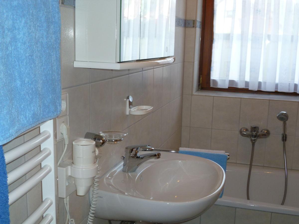 ferienwohnung haus b hler schwarzwaldregion belchen familie hansj rg und helga b hler. Black Bedroom Furniture Sets. Home Design Ideas