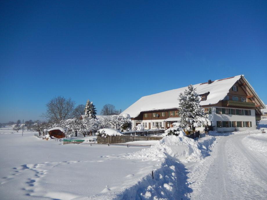 Unser Ferienhof im Winter